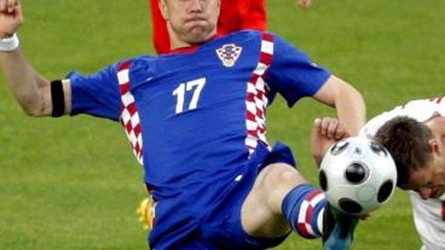 Croatia drop Klasnic for Euro 2012 playoff