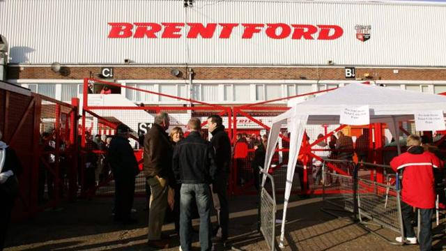 Brentford director leaves - Football - League One