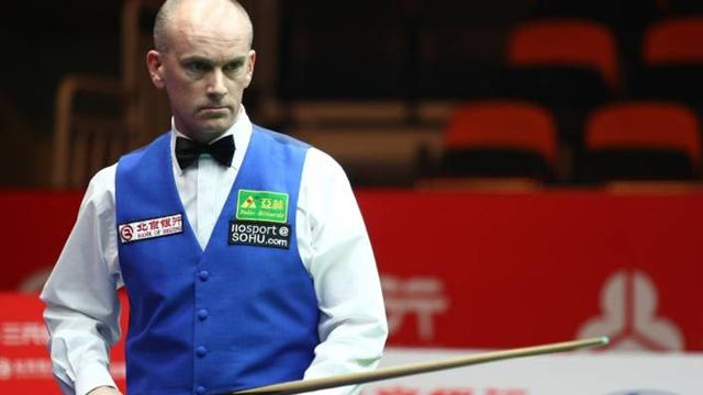 Ebdon cruises into final - Snooker