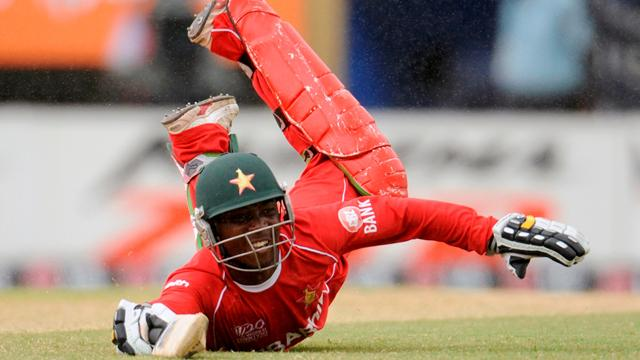 Taibu retires from cricket aged 29