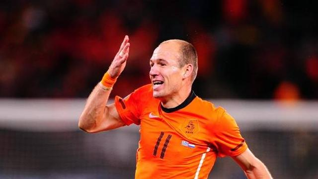 Robben out of Dutch games