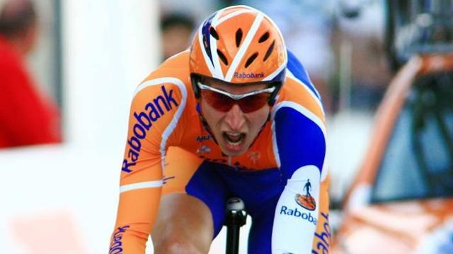 Mollema solos to victory in Poland