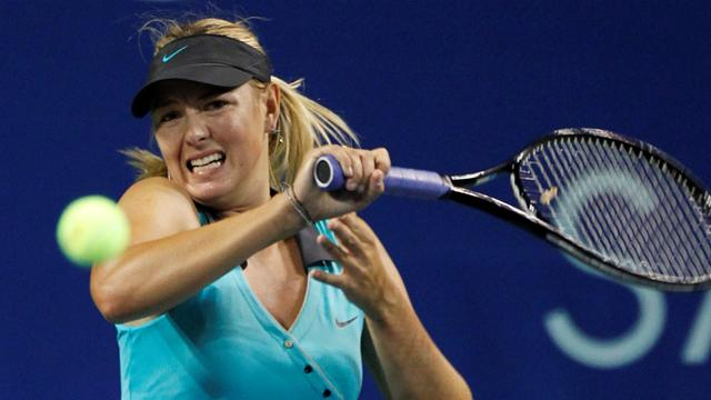 Sharapova wins in NZ - Tennis