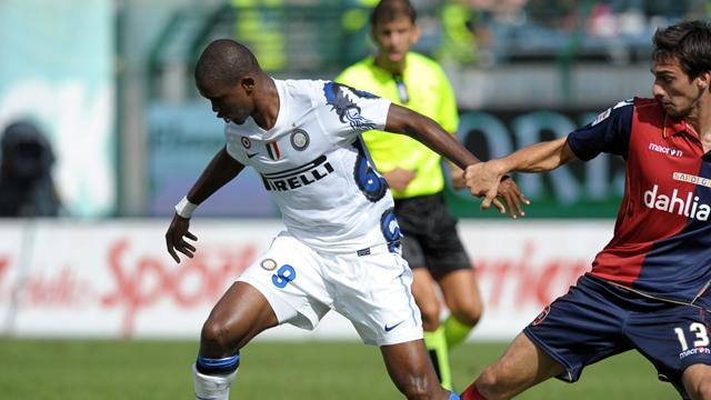 Eto'o rises above chants in Inter win
