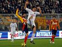Nervy Milan held at Lecce