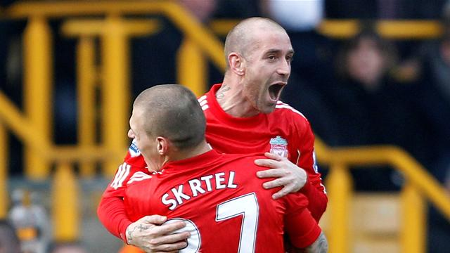 Liverpool's Meireles celebrates his goal against Wolverhampton Wanderers