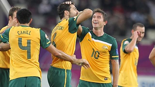 Japan and Australia draw, Iran held