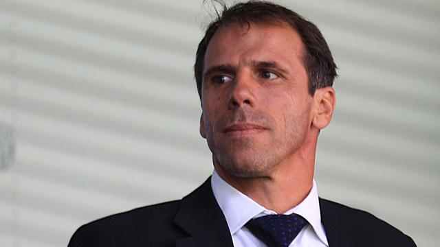 Zola interested in Chelsea job