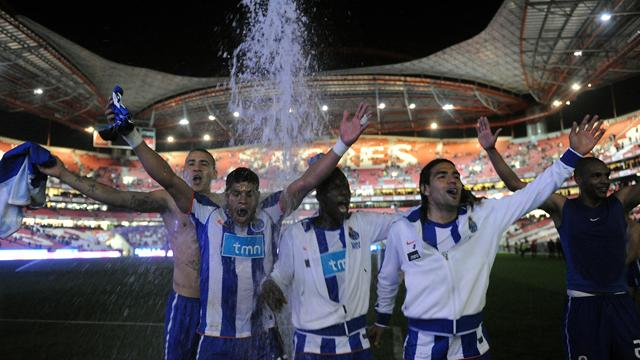 Porto clinch 25th Portuguese title