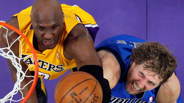 Mavs shock Lakers, Hawks stun Bulls