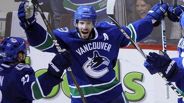 Kesler to miss start - Ice Hockey - NHL