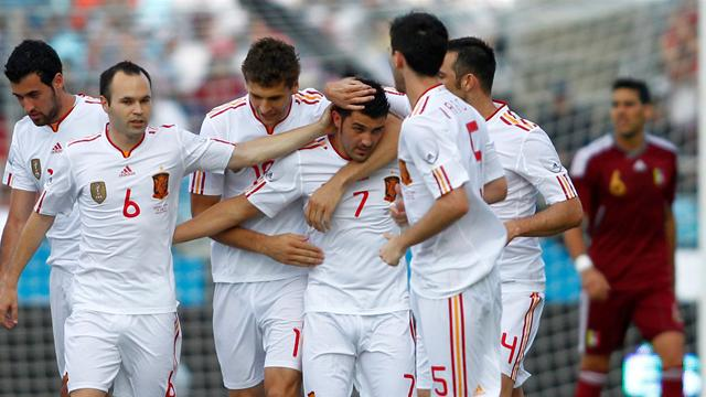 Spain cruise to win in Venezuela