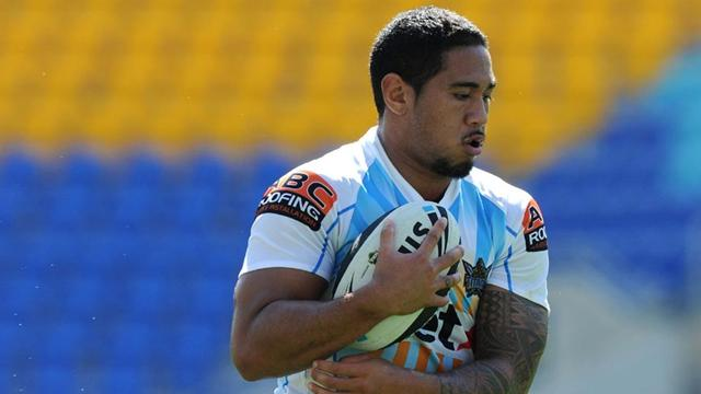 Titans close on finals  - Rugby League