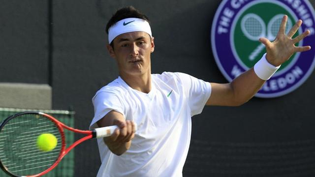 Tomic in Wimbledon fitness battle