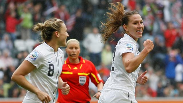 Wambach helps USA to reach final