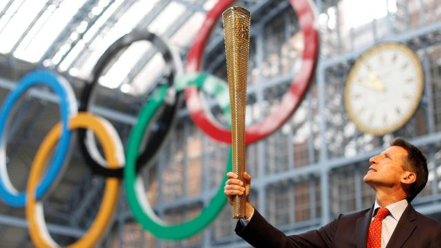Coe denies torch decision - Olympic Games