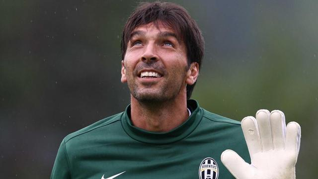 Buffon eyes job in USA or China