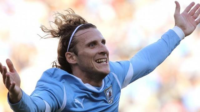 Forlan brace as Uruguay win Copa
