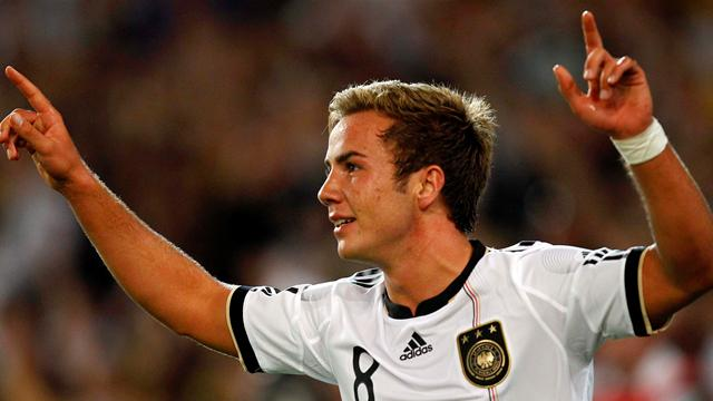 Goetze coy on Dortmund future