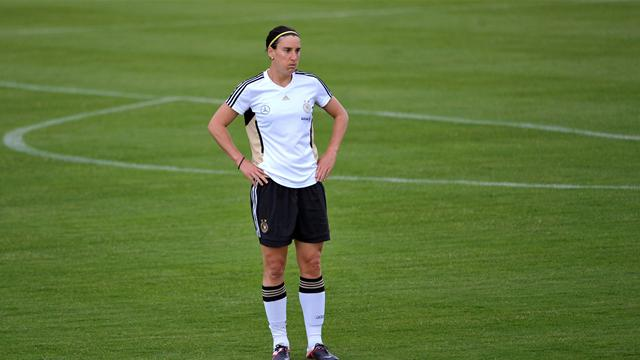 Germany's Prinz retires - Football - Women's World Cup