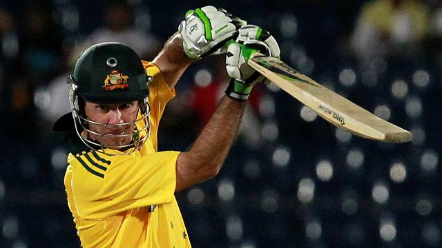Ponting returns for Hurricanes