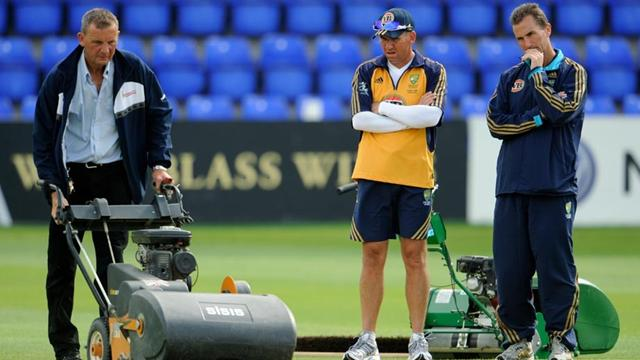 Australia overhauled - Cricket - Ashes