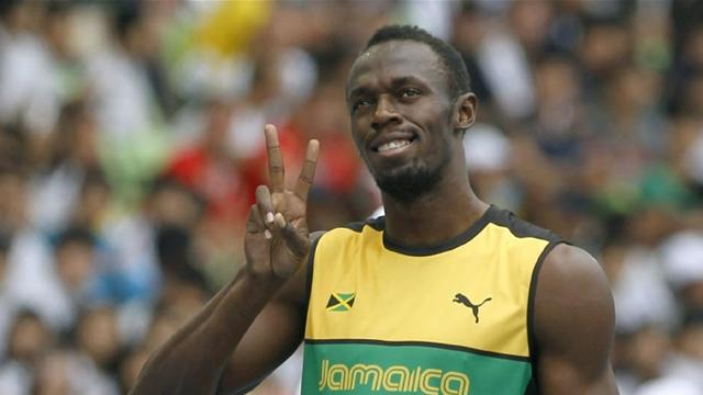 Bolt strolls into 200 semi - Athletics - World Athletics Championships