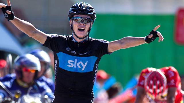 Froome pips Cobo for superb win