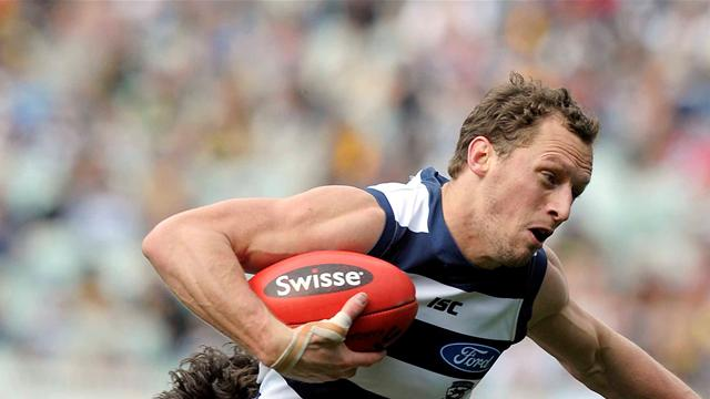 Geelong smash Essendon