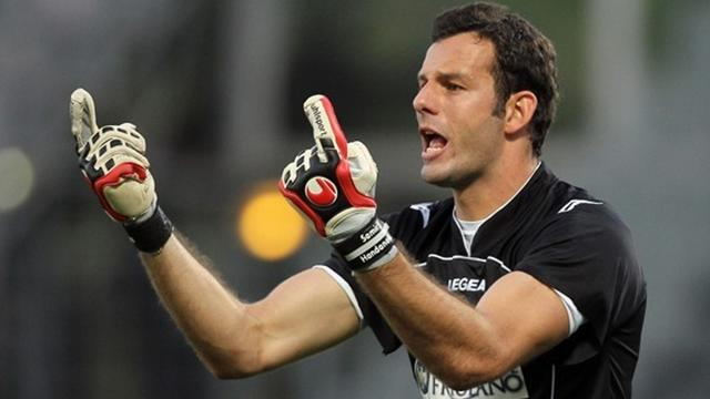 Handanovic joins Inter - Football - Serie A
