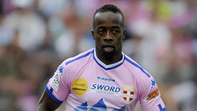 FOOTBALL Sidney Govou of Evian