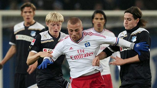 Hamburg give Fink win - Football - Bundesliga