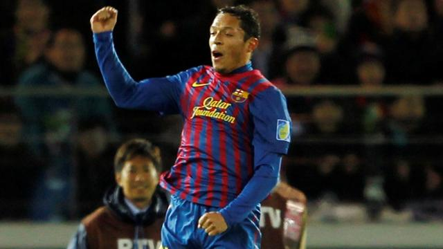 Barca fullback Adriano out for about 10 days