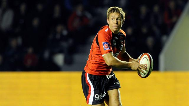 Toulon thrash Harlequins to make semis