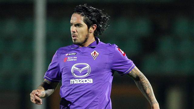 Liverpool in for Vargas - Football - Serie A