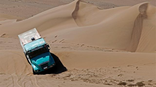 Trucks: De Rooy wins Dakar - Rally Raid - Dakar