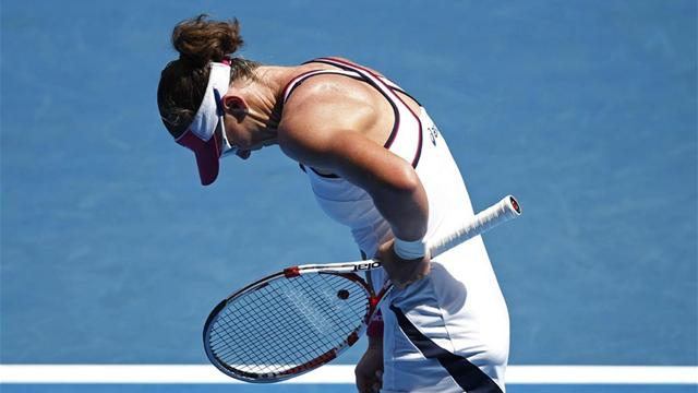 Shattered Stosur sorry - Tennis - Australian Open
