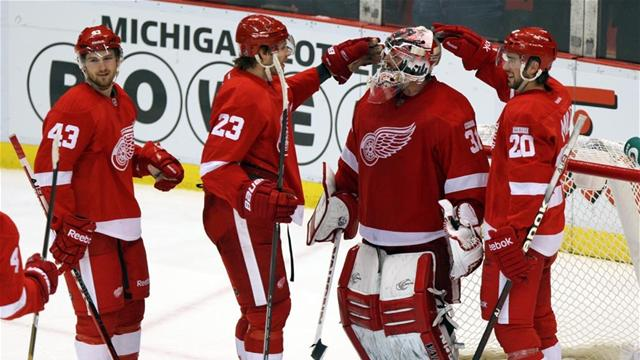 Red Wings make play-offs - Ice Hockey - NHL