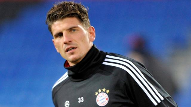 Gomez back in three weeks - Football - Bundesliga