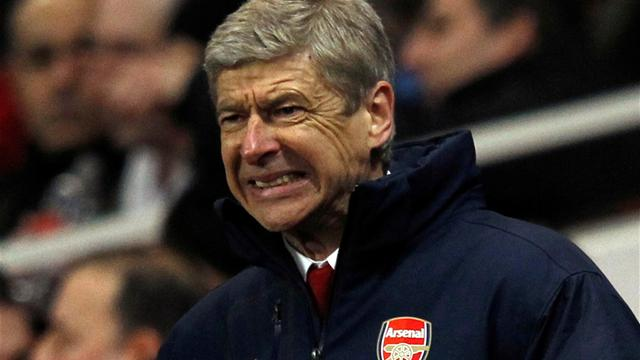 Wenger admits United are stronger