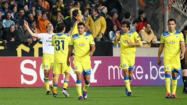 APOEL 1-0 Lyon (APOEL win 4-3 penalties after extra-time)