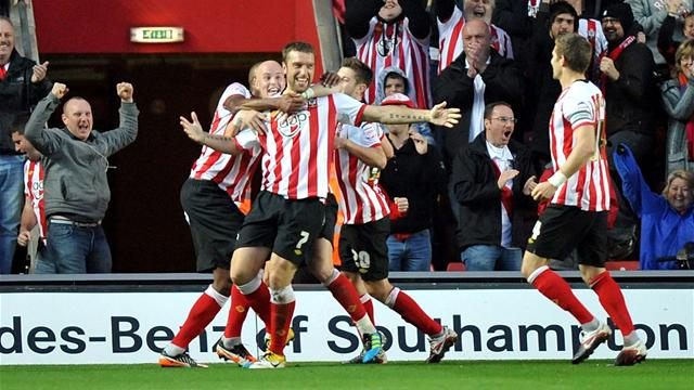 Southampton stay top - Football - Championship