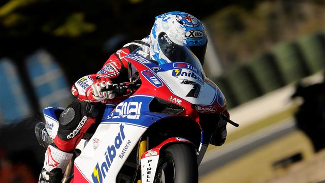 Checa on top  - Superbikes