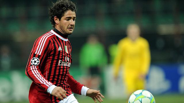 Pato to remain at Milan