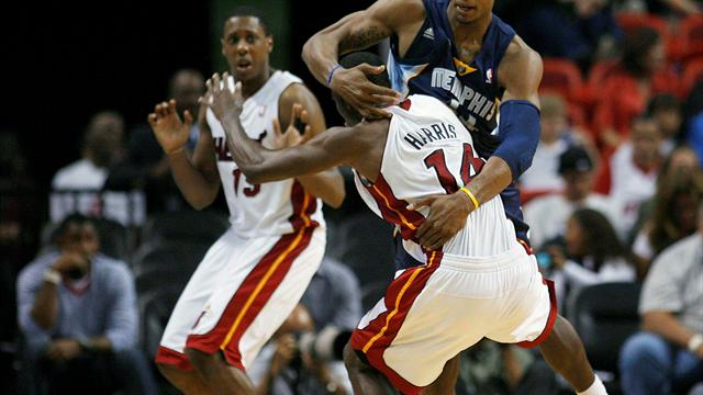 Miami stoppé net - Basketball - NBA