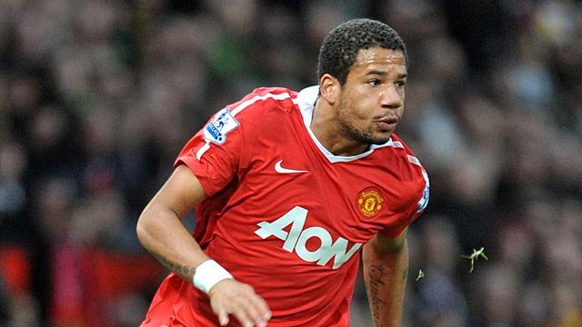 United flop Bebe returns to Portugal