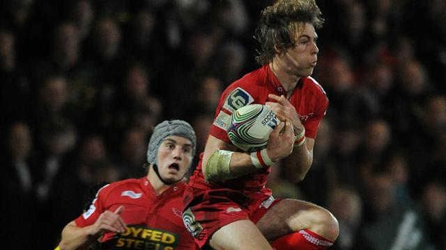 Scarlets duo extend deals - Rugby - RaboDirect Pro12