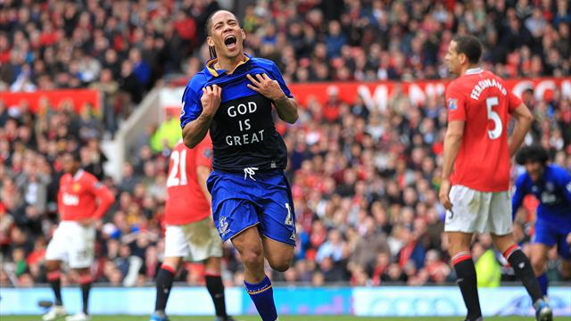 Everton complete Pienaar capture