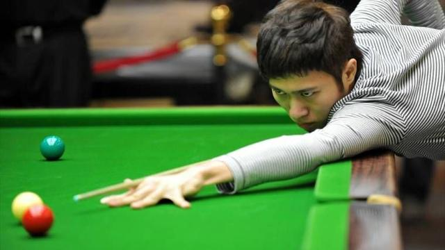 Yupeng advances - Snooker