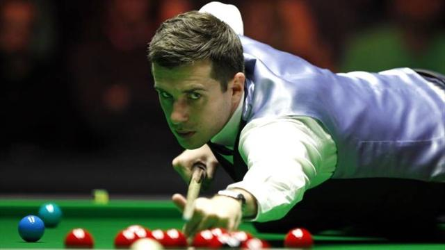Selby crashes out of UK PTC1
